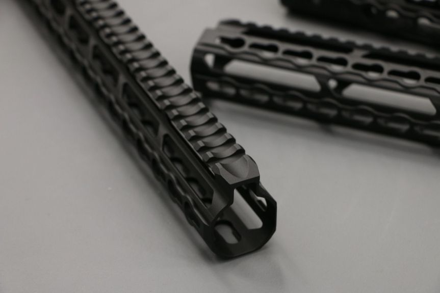 v-seven weapon systems mangesium handguards. HYPLIGHT 7KM 7inch handguard lightest handguard 2