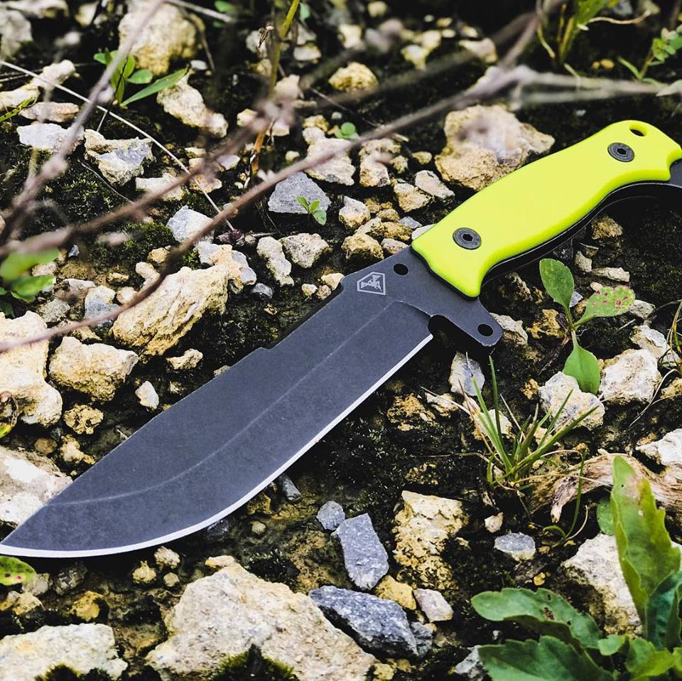DOUBLESTAR CORP ROLLS DEBUTS THE PATHSEEKER WITH HI-VIS G10 SCALES