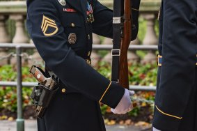 sig sauer m17 ceremonial pisto m17 tomb of the unknown soldier pistol carried by sentinals tactical gun blog firearmblog 40sw attackcopter 7