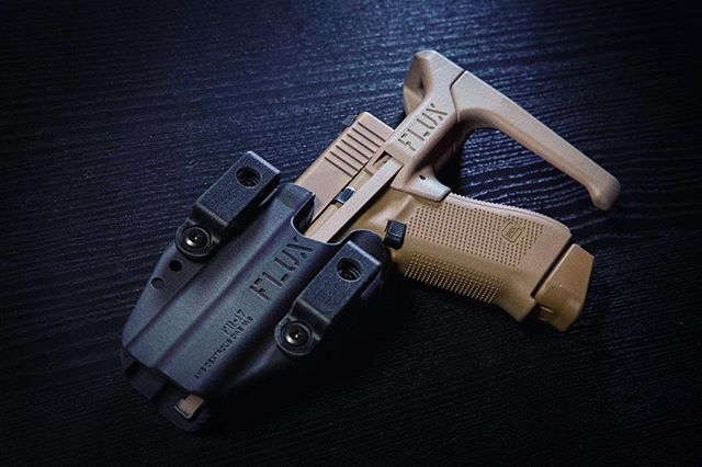flux defense flux brace glock pistol usw flux brace for the sig 320 3.jpg