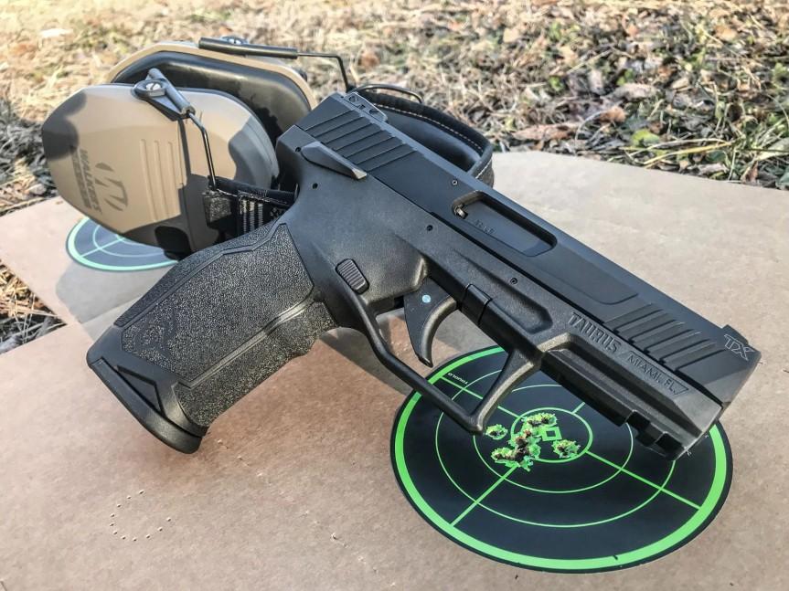 taurus usa striker fired 22lr tx22 pistol new taurus pistol in 22 striker fired 6