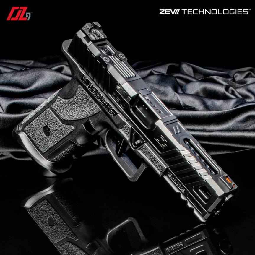 zev technologies o.z-9 pistol custom zev pistol glock modular gun glock grip frame system 1.jpg
