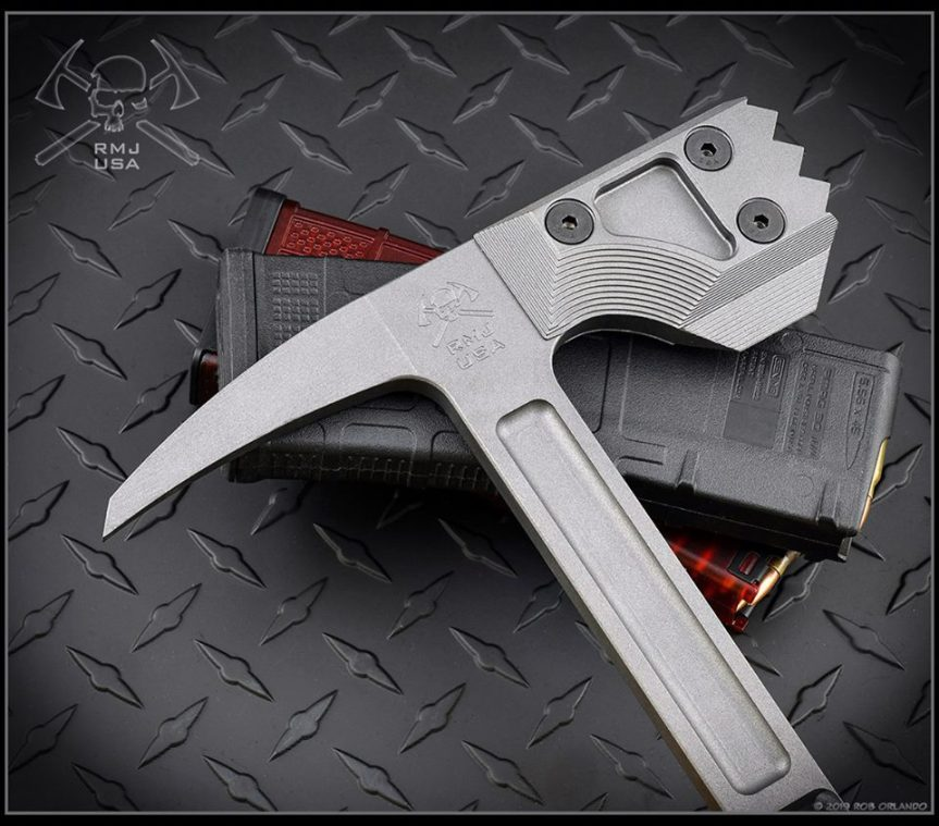RMJ tactical snuggles warhammer door breaching tool hammer smashes 2.jpg