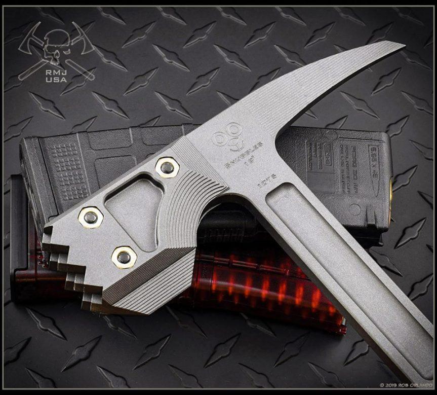 RMJ tactical snuggles warhammer door breaching tool hammer smashes 3.jpg