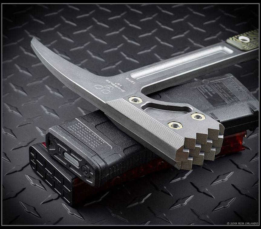 RMJ tactical snuggles warhammer door breaching tool hammer smashes 5.jpg