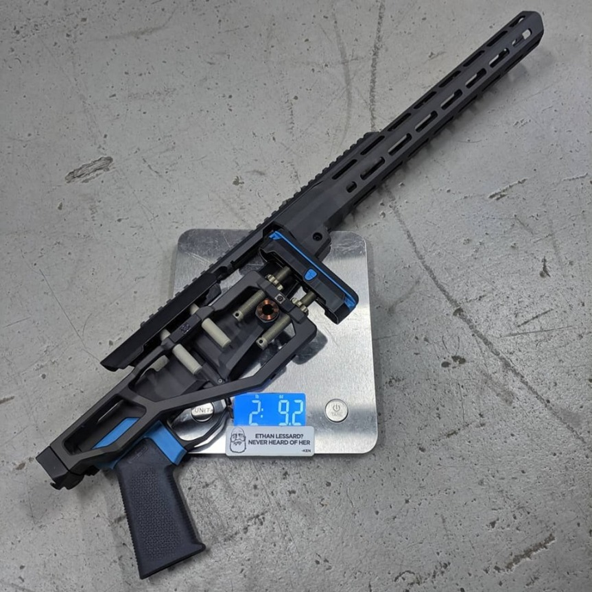 Q llc side chick rifle chassis remington 700 lightest chassis sniper rig 5.jpg